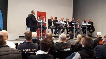 Gewerkschaftlich Engagierte vom regionalen Kraftfahrerkreis luden zur Podiumsdebatte mit Verbänden und Politik auf der IAA in Hannover. Ihr Ziel: Über die Situation des Fahrpersonals auf Europas Straßen zu diskutieren und über Wege der Veränderung.