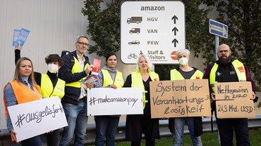 Foto von der Aktion bei Amazon, Auftaktveranstaltung